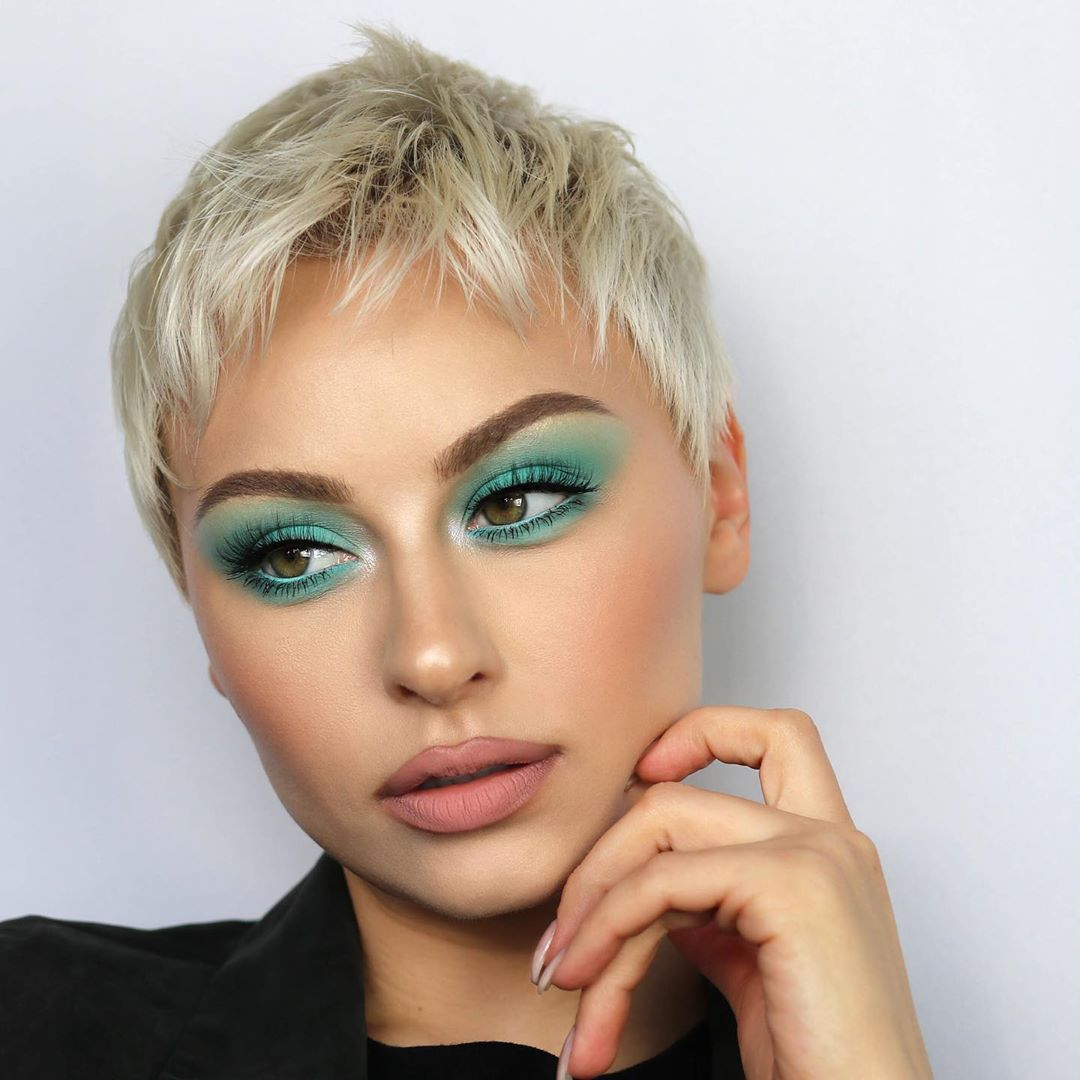 45 Short Hair Hairstyles for Women 2019