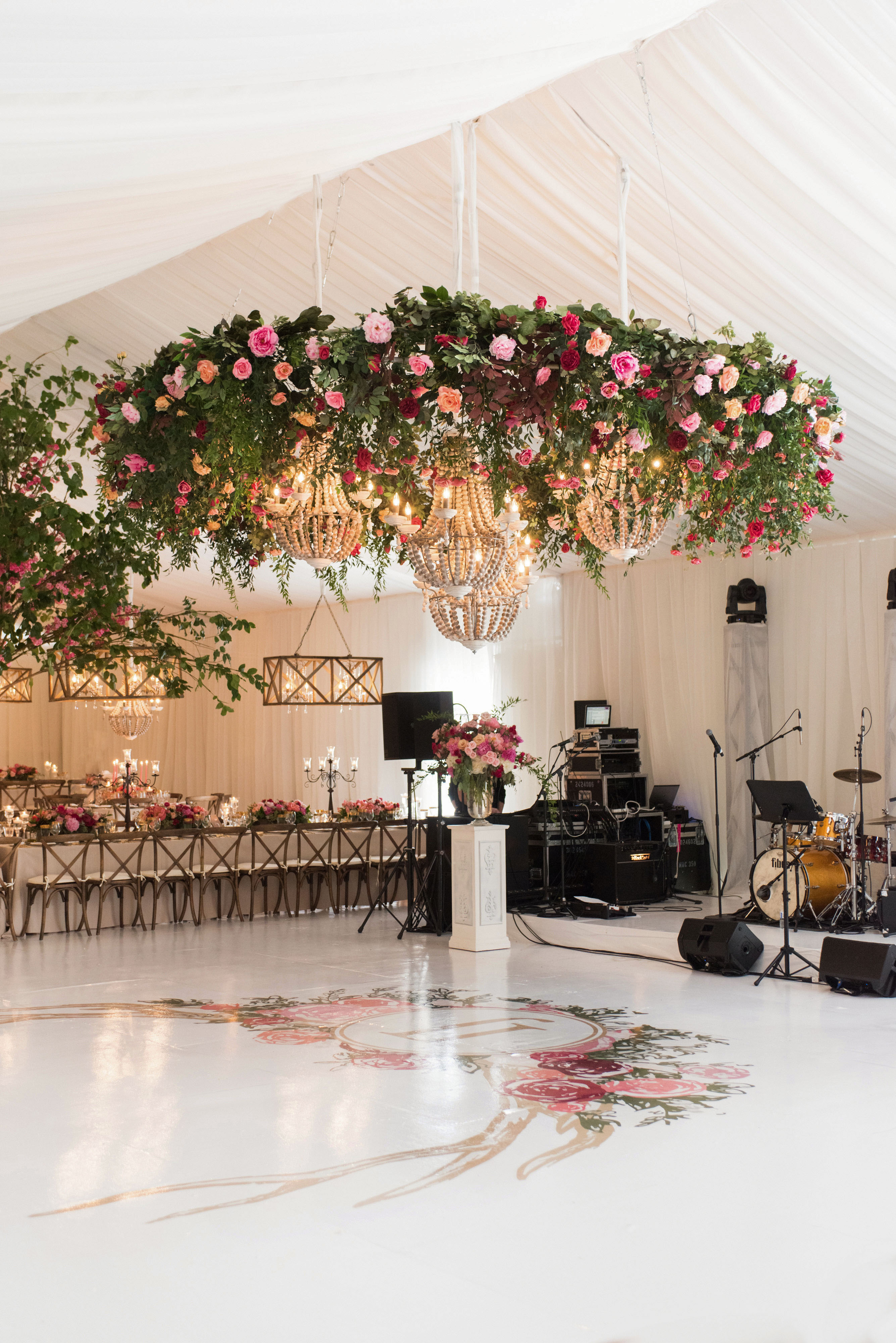 76 Wedding Decorations & Decor Ideas